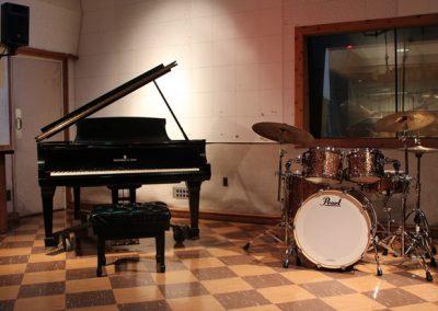 Kickin' It (piano & drum kit)